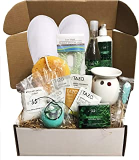 Golden Gift Box- 15 Pieces Luxury Spa Gift Baskets for Women -Vanilla, Lavender or Eucalyptus Spearmint- Special Edition Collection- XL Bath Bomb, Bubble Bath, Body Lotion +More (Eucalyptus Spearmint)