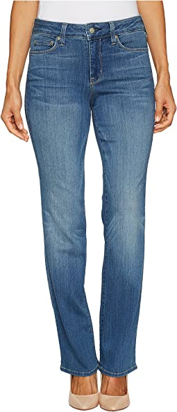 Petite Marilyn Straight Jeans in Sure Stretch Denim in Colmar