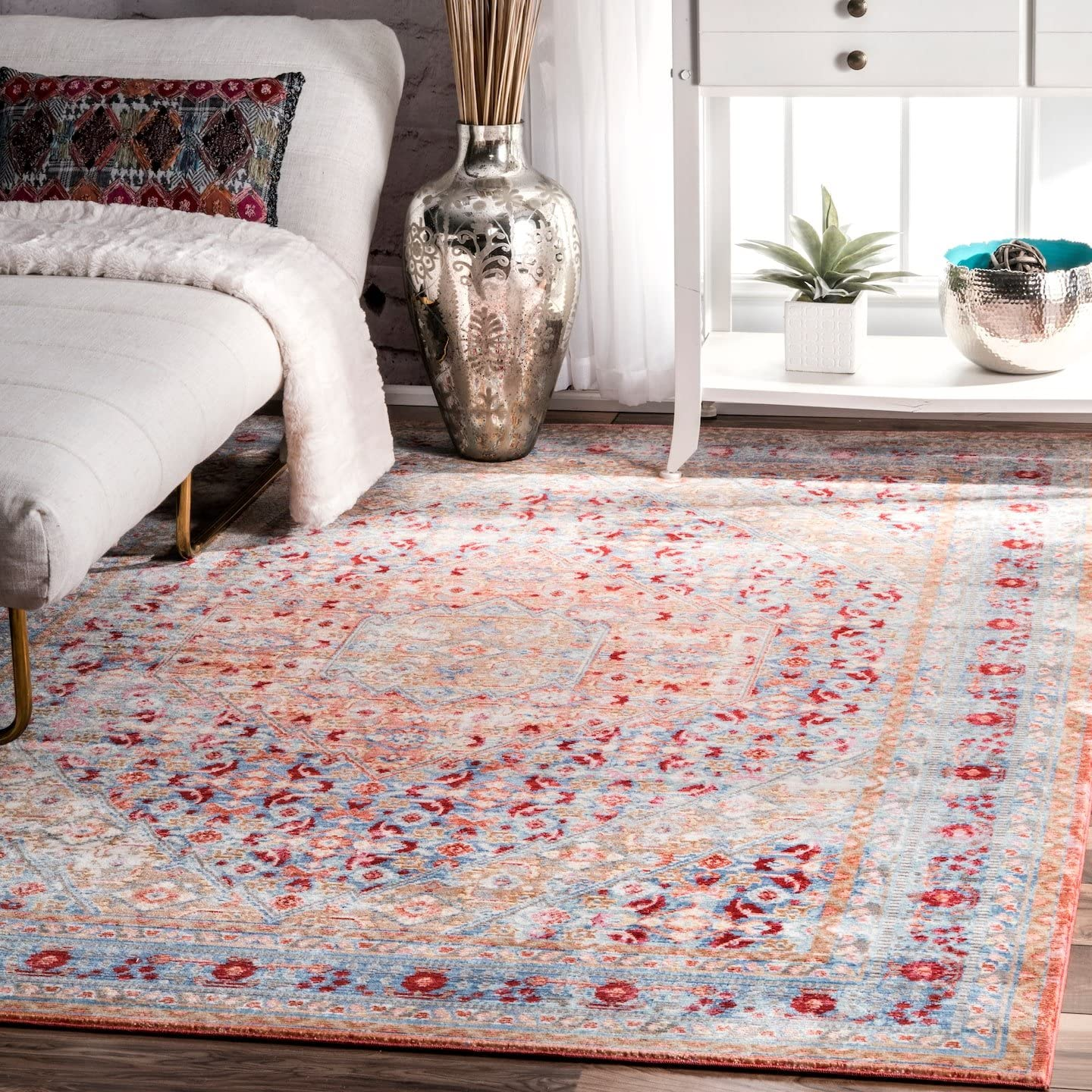 nuLOOM Daria Persian Floral Max 61% OFF Area Rug x Spring new work one after another Blue 6' 4' Light