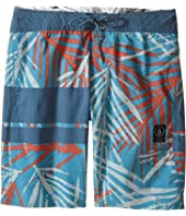 Volcom Kids - 3 Quarta Slinger Boardshorts (Big Kids)