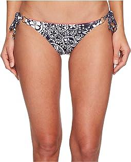 Tommy Bahama - Paisley Paradise Reversible String Bikini Bottom