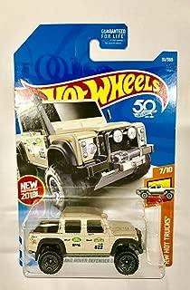 Hot Wheels 2018 HW Hot Trucks '15 Land Rover Defender Double Cab 31/365, Tan