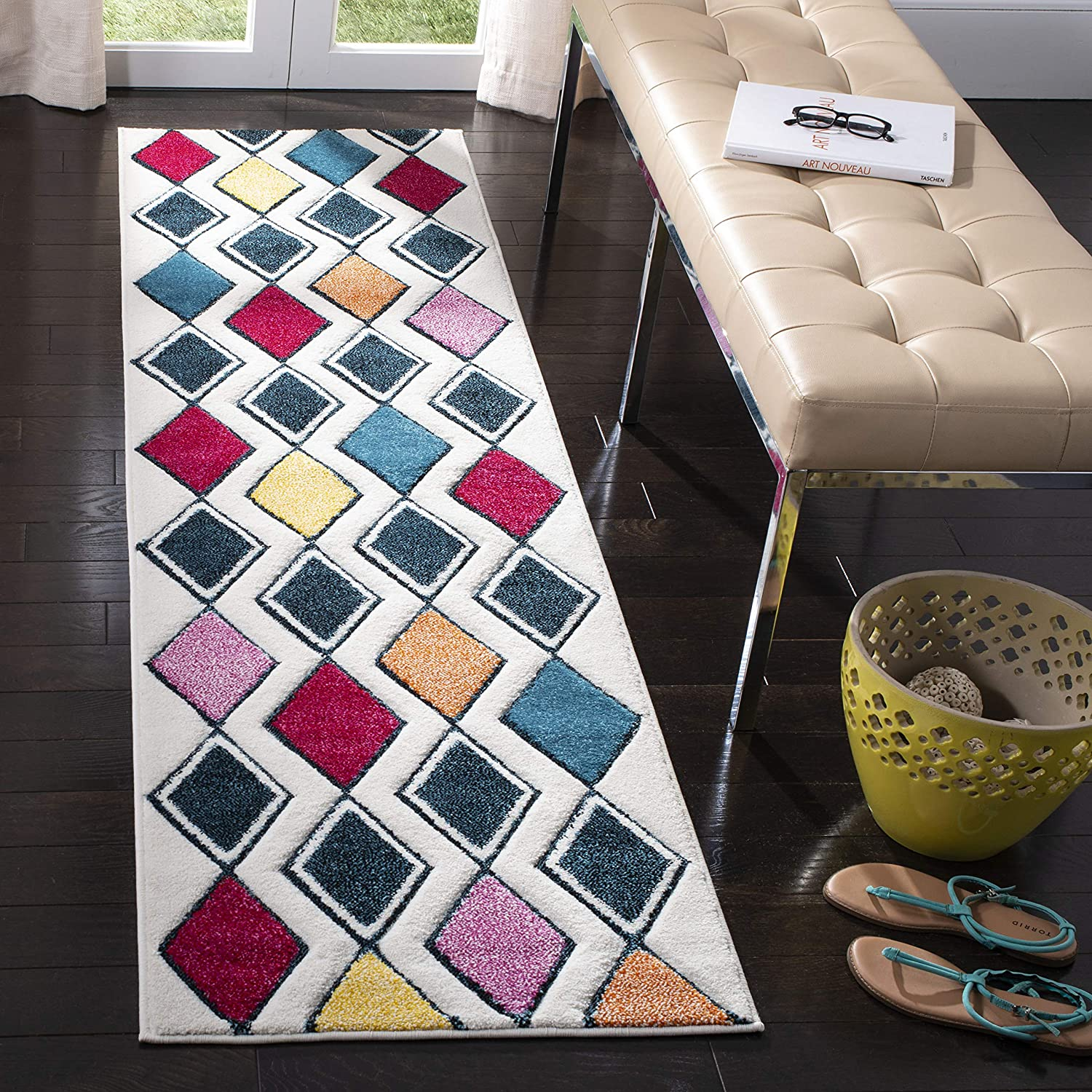 Arlington Mall Safavieh Hollywood Max 73% OFF Collection HLW704B Non-She Mid-Century Modern