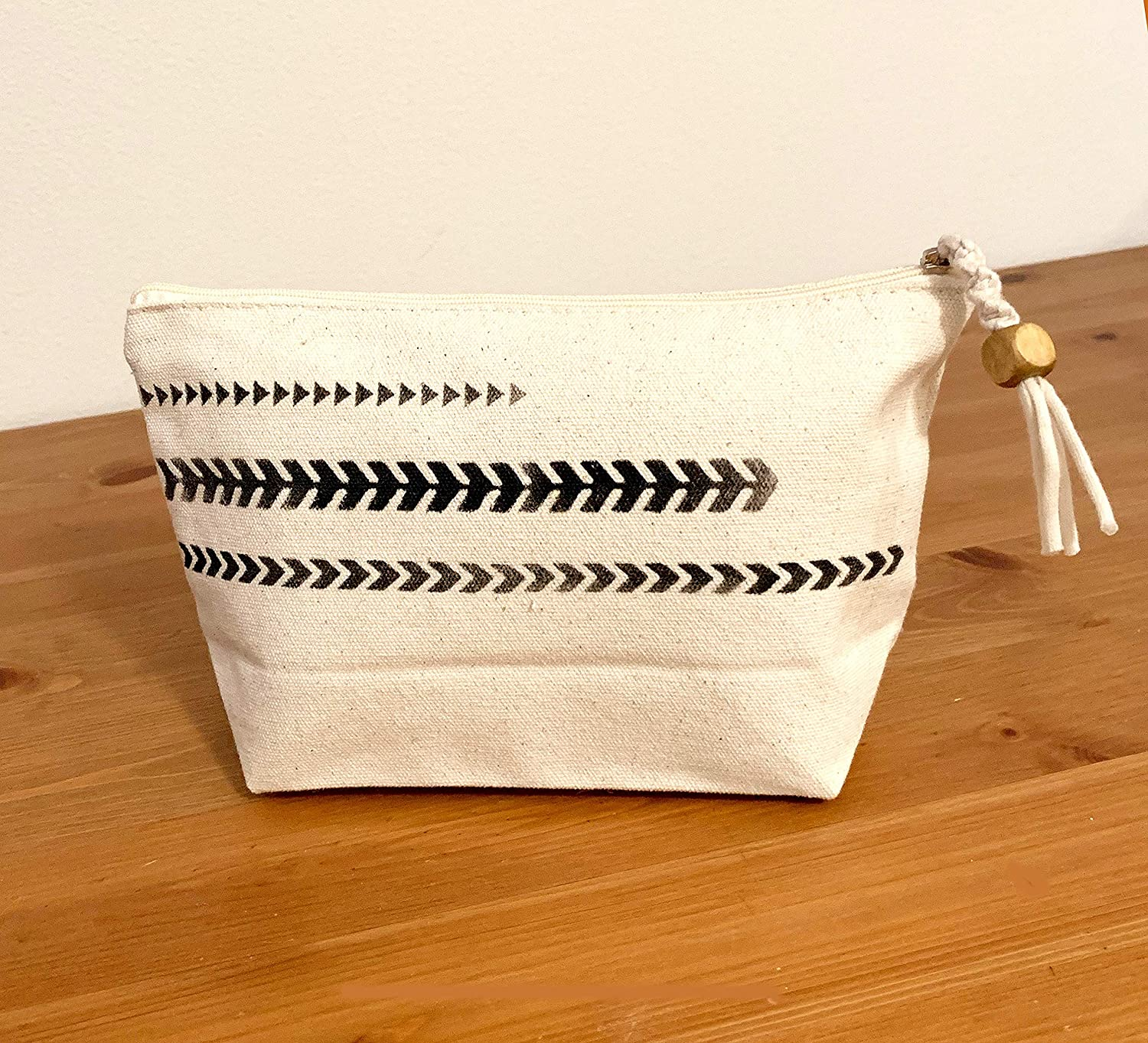 Canvas Pouch - Arrows Max Cheap mail order specialty store 87% OFF