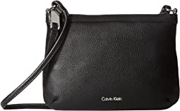 Calvin Klein - Carrie Pebble Key Item Crossbody