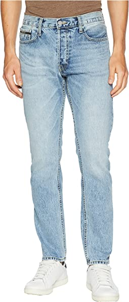 Straight Taper Leg Jeans in Jalapeno Blue Wash