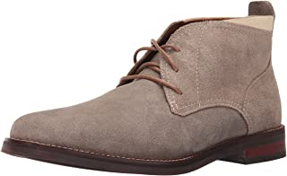 حذاء رجالي من Cole Haan عليه عبارة Ogden Stitch Chukka II