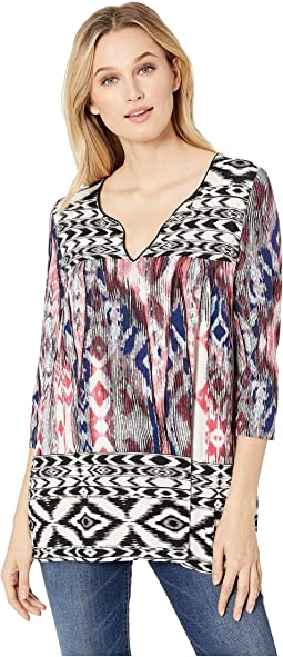3/4 Sleeve Henley Top in Printed Jersey