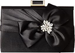 Badgley Mischka - Guile Clutch