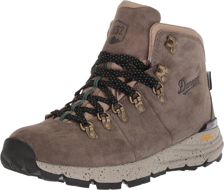 Danner Womens Mountain 600 4.5  - W's Hiking Boot