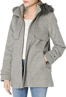 معطف رياضي قصير للنساء من kensie مع فتحات أمامية وغطاء رأس مزخرف بالفرو الصناعي