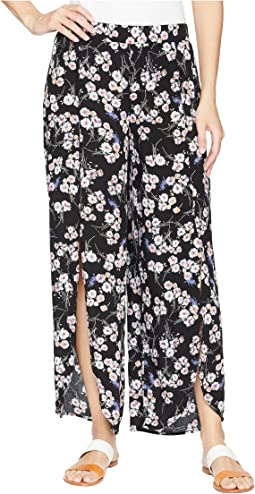 Printed Rayon Tulip Hem Pull-On Cropped Pants