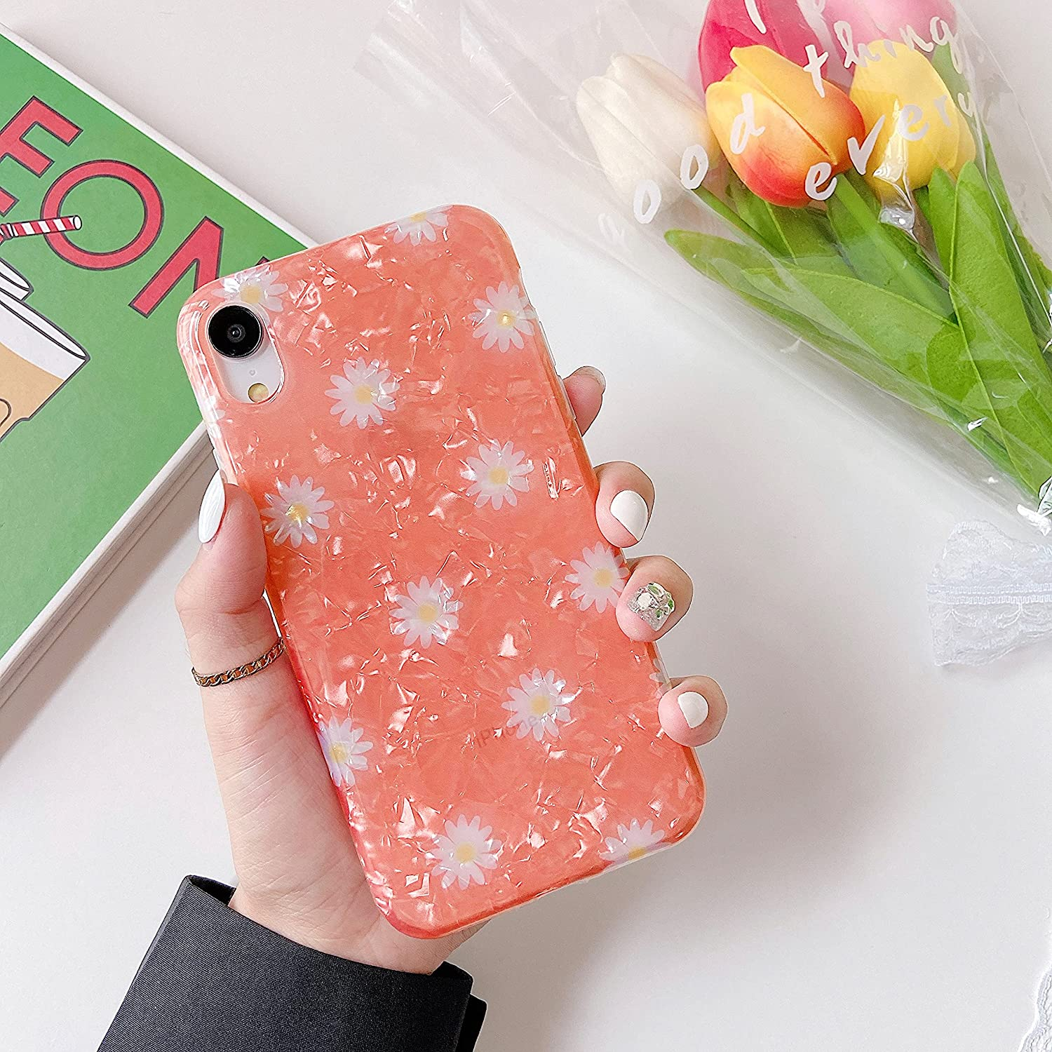 ZTOFERA iPhone XR Case Cute, Protective iPhone XR Case for Women Aesthetic Case with Daisy Design Marble for Girls Cool Lightweight Floral TPU Bumper Case for iPhone XR 6.1