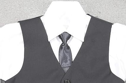 Black & White Basic: chaleco juvenil con camisa blanca y corbata.