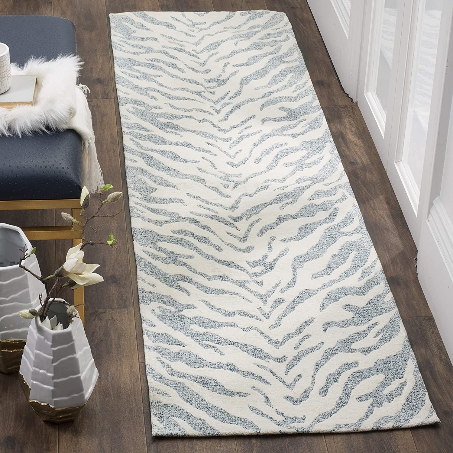 Safavieh Genuine Free SEAL limited product Shipping Marbella Collection MRB632C Chenille Handmade Abstract