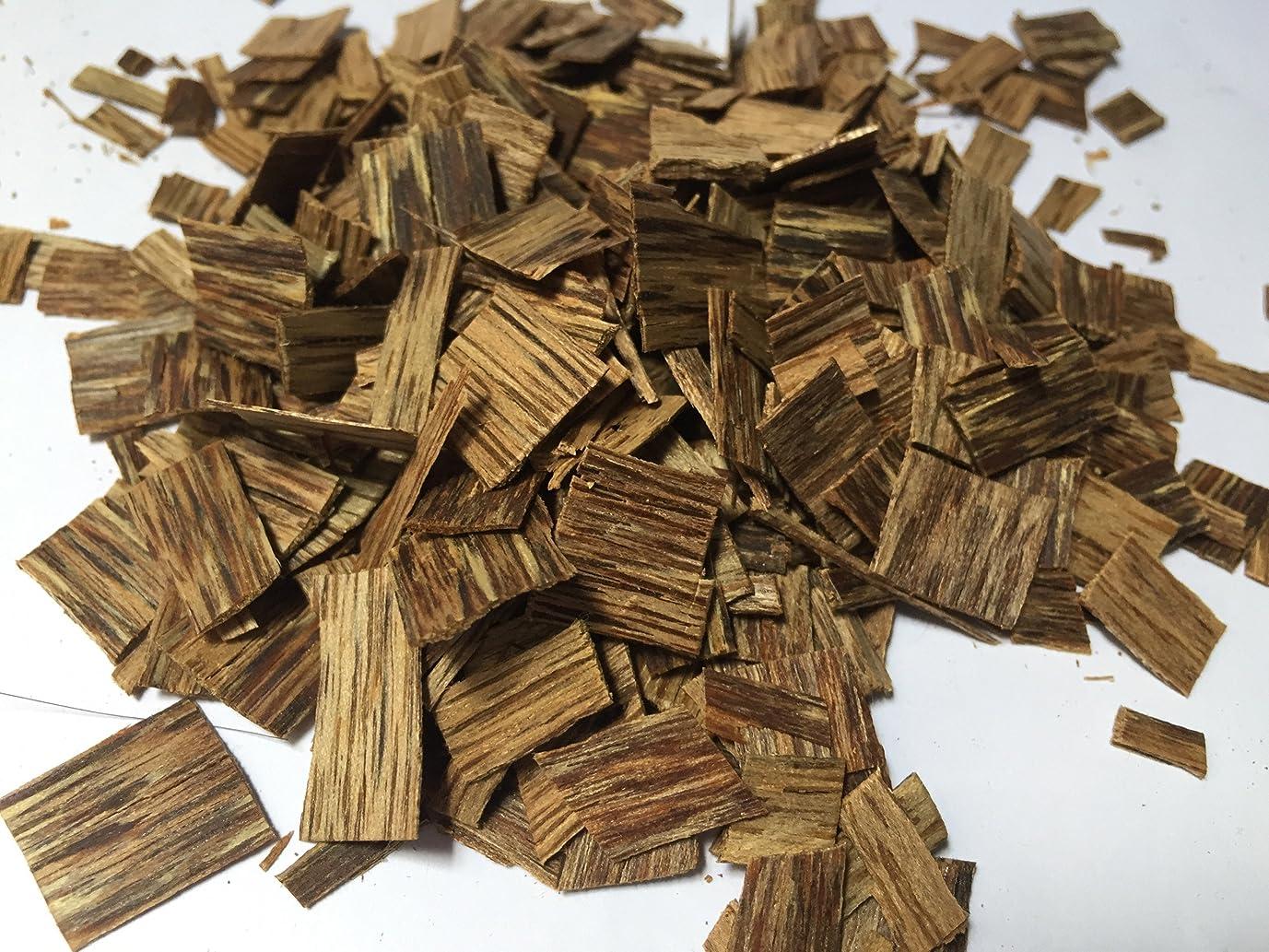 提案独特のポールoudwoodvietnam. Com元Natural Wild Agarwood OudチップGrade A + | 1?kgお香アロマ
