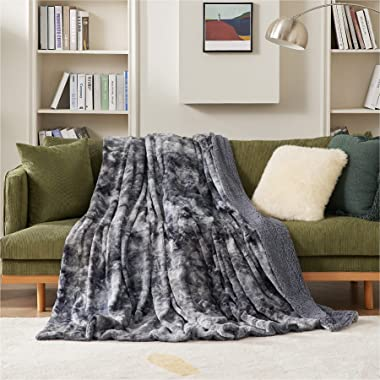 Bedsure Faux Fur Throw Blanket for Couch - Dark Grey Fuzzy Plush Fluffy Soft Sherpa Fleece Blankets and Throws for Sofa and B
