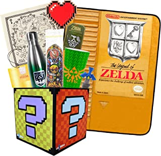 Toynk The Legend of Zelda LookSee Collector's Box | Official Series 2 Collectibles | 9 Unique Legend of Zelda Items Including Water Bottle, Blanket, More