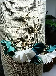 Aretes artesanales mexicanos de aros con flores