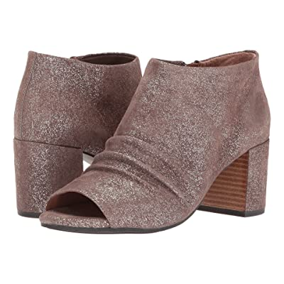 Gentle Souls by Kenneth Cole Camelia (Cocoa) Women