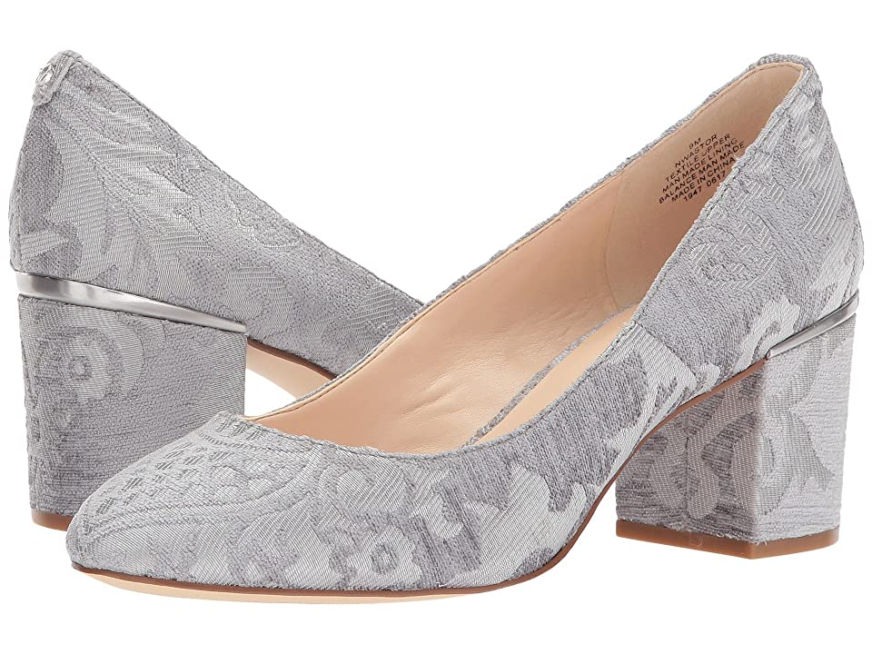 Nine West Astor (Light Grey Fabric) Women