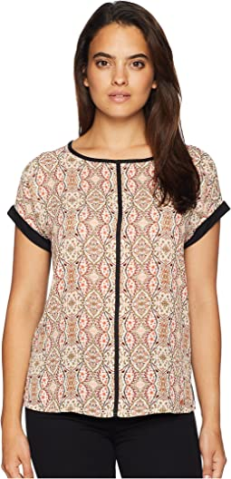 Short Sleeve Printed Top with Open Hem