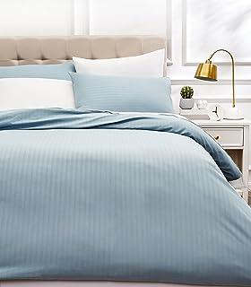 AmazonBasics - Juego de ropa de cama con funda nórdica de microfibra y 2 fundas de almohada - 200 x 200 cm, azul spa