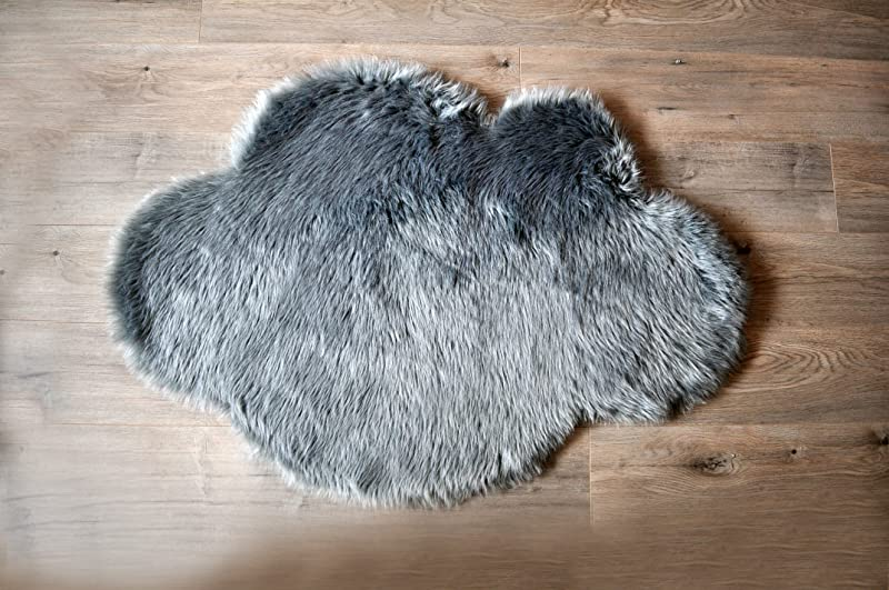 Machine Washable Faux Sheepskin Grey Cloud Area Rug 32 X 44 Soft And Silky Perfect For Baby S Room Nursery Playroom 2 7 X 3 7 Grey Cloud