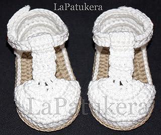 31371b9a3 Patucos Sandalias modelo bombón para bebé de crochet, de color blanco y  cámel, 100