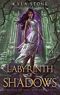 Labyrinth of Shadows: A Greek Mythology Retelling (Queens of Fate and Fury) (English Edition)