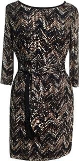 فستان نسائي من Sandra Darren بنمط خطوط متعرجة ورباط أمامي