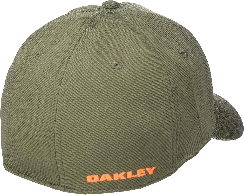Oakley Men's Tincan Cap: Clothing