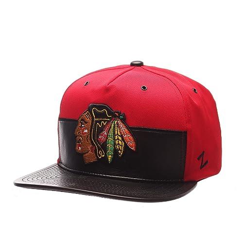 Chicago Blackhawks Snapback  Amazon.com 06c768031cc1