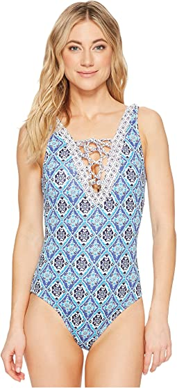 Tommy Bahama - Tika Tiles Reversible Lace Front One-Piece Swimsuit