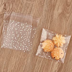 300PCS Cookie Bags Self Adhesive Clear Plastic Cellophane Treat Bags for Candy Pastry Packaging Party Favor Gift giving (White Polka Dots, 3.9 x 3.9 inches)