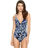 Tommy Bahama - IslandSculpt Plunge Crossback One-Piece Swimsuit