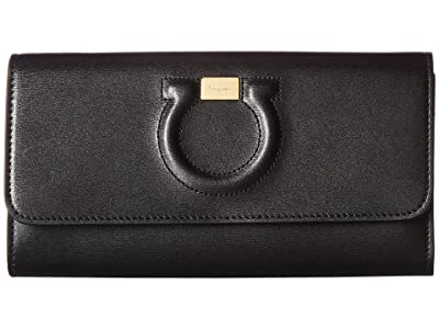 Salvatore Ferragamo Gancio City Leather Wallet on A Chain (Nero) Cross Body Handbags