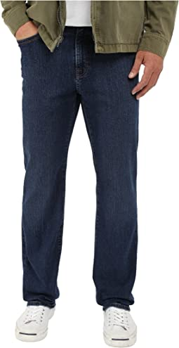 34 Heritage Charisma Relaxed Fit in Med Washed Regular/Tall