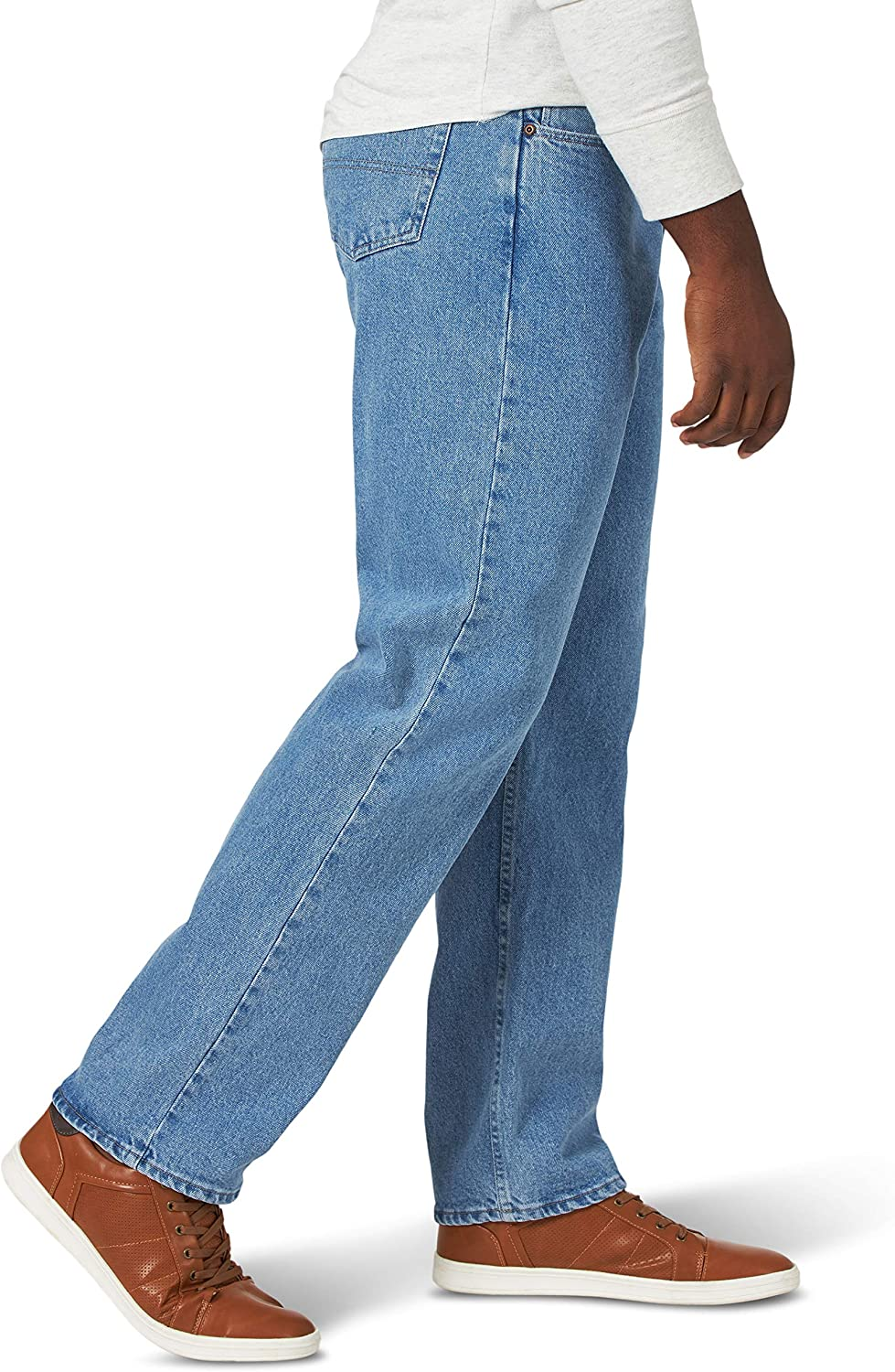 Wrangler Authentics Men's Classic Relaxed Fit Flex Jean at  Men's Clothing store