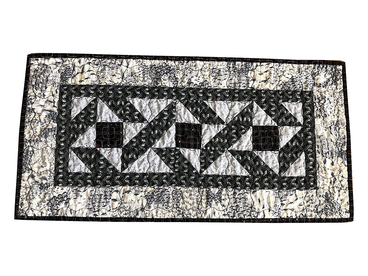 Quilted Table Runner Handmade Topper and Gray B - low-pricing Nashville-Davidson Mall