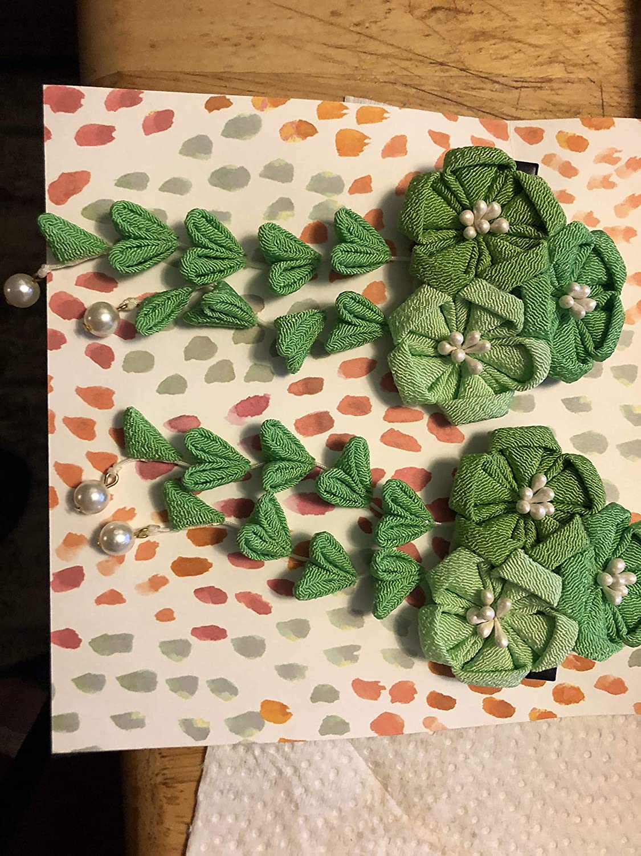 Bombing new work Medium Kanzashi 3 flowers pair 1 Luxury goods Green