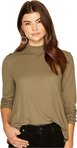 Jack by BB Dakota - Vida Soft Waffle-Knit Turtleneck
