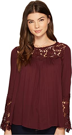 BB Dakota - Zanna Lace Detailed Top