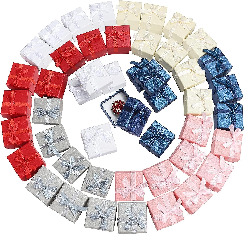 Kurtzy Cajas Bonitas para Regalo Anillos Joyas (Pack de 48) 4,1x4,1cm Cajas de Regalo Colores Variados Presentación Joyas con Lazo, Inserto de Terciopelo – Pendientes, Anillos para Aniversarios, Bodas