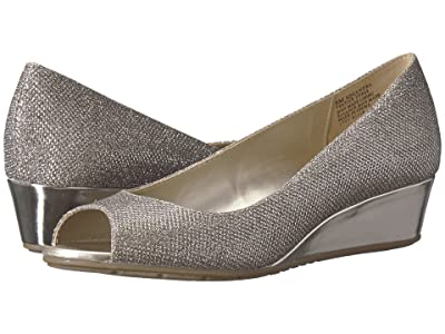 Bandolino Candra (Gold Glamour Material) Women