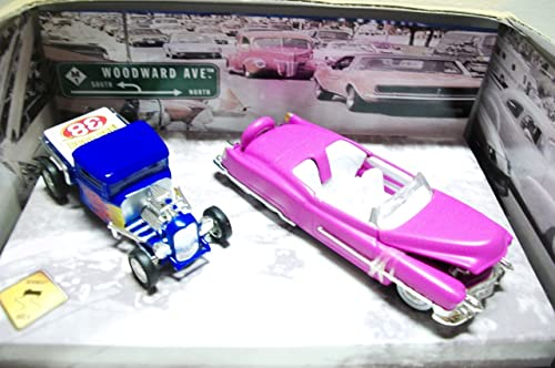 Hot Wheels 2002 Limited Edition Woodward Ave Rosa '53 Cadillac Biarritz & Blau '32 Ford Pickup