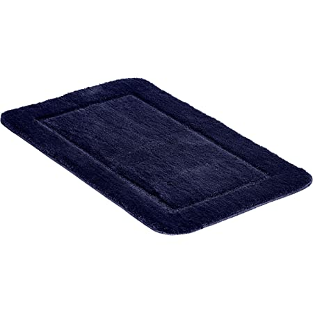 Amazon Basics - Juego de 2 piezas de alfombrillas de baño con borde con relieve - Azul oscuro