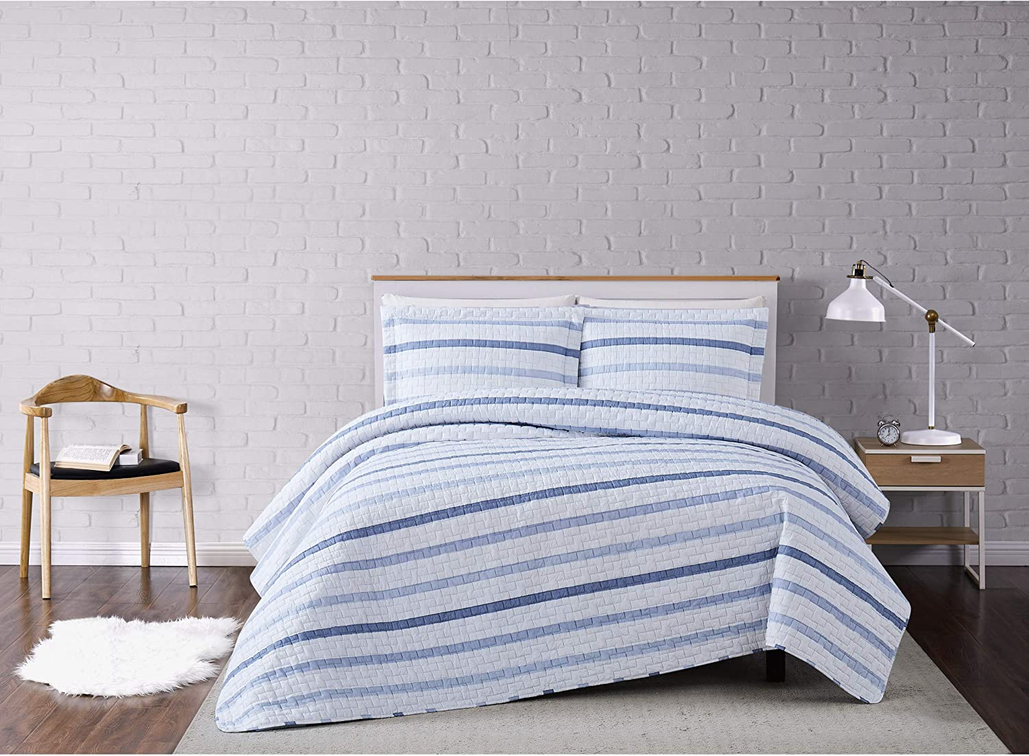 Truly Soft Everyday Truly Soft Waffle Stripe Quilt Set King White Blue Home Kitchen