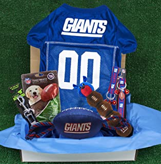 NFL New York Giants PET GIFT BOX with 2 Licensed DOG TOYS, 1 Logo-engraved NATURAL DOG TREAT, 1 NFL JERSEY, 1 NFL Puppy Tr...