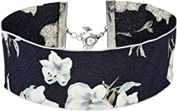 Steve Madden - Material with Floral Pattern Choker Necklace